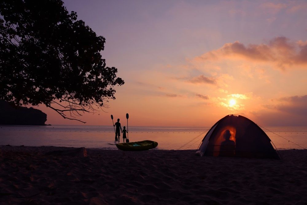 7 Of The Best Beach Camping Tips For You To Enjoy The Ocean