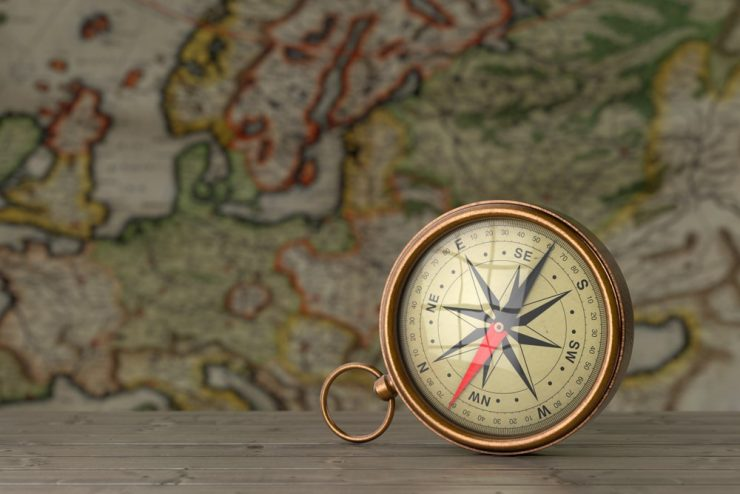 Guide on How to Use a Compass: Avoid Getting Lost in the Woods